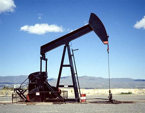 79905_petroleo_tierra
