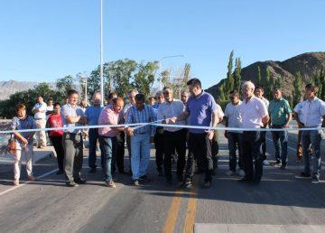corte-de-cinta-en-el-nuevo-puente-de-la-ruta-406
